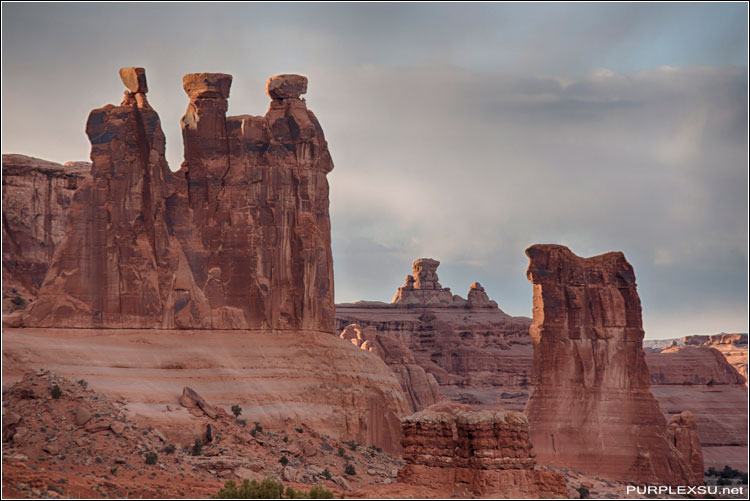 Arches National Park(拱桥国家公园),Courthouse Towers